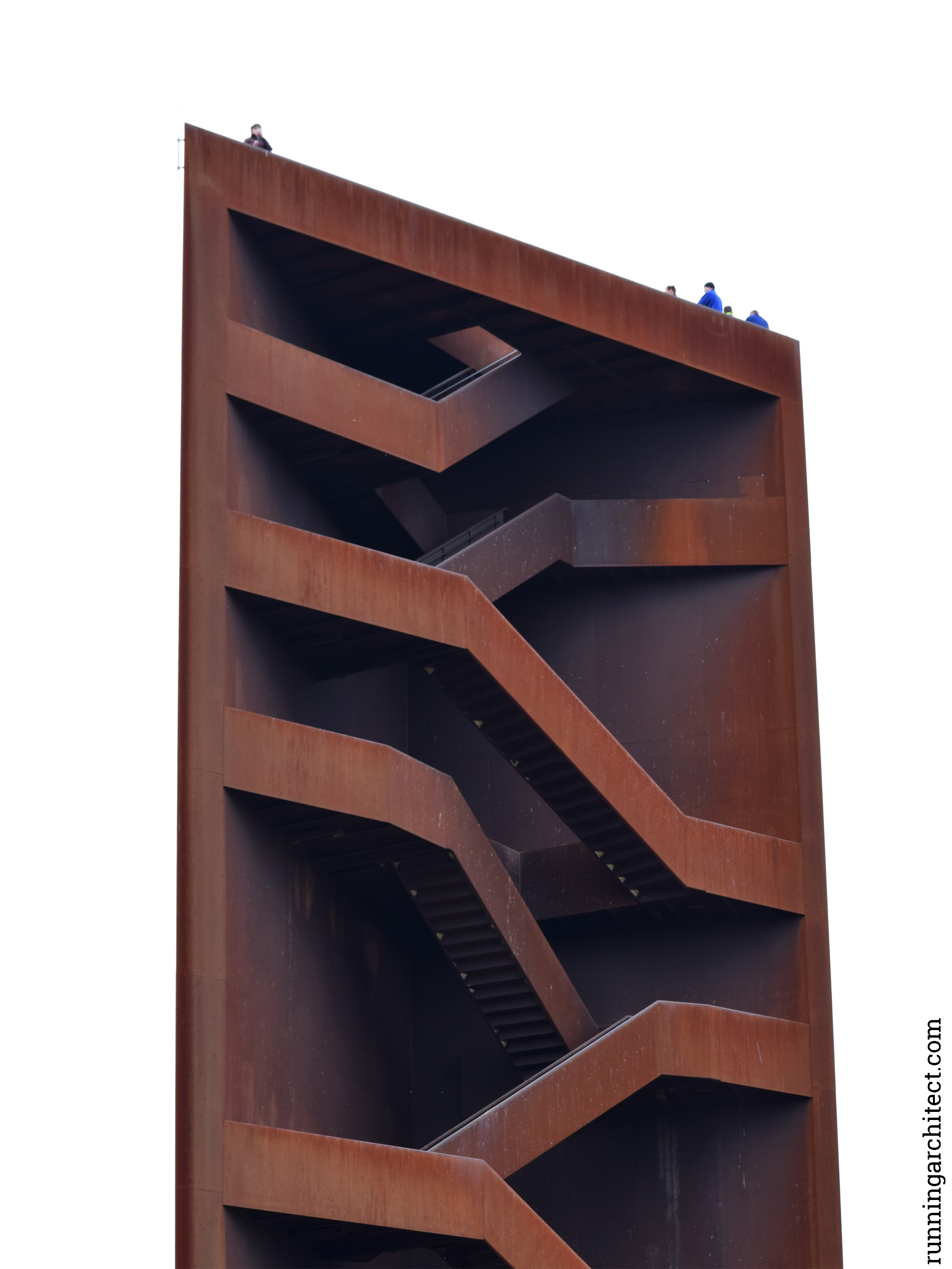 rostiger nagel 01 – running architect.com